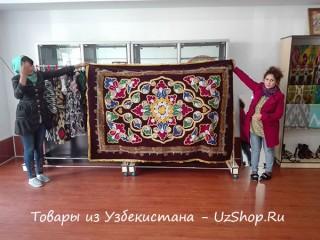 Вышитый сюзане из Узбекистана
