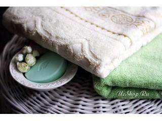 Белое полотенце узбекского производства