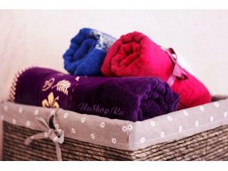 Свёрнутые полотенца узбекского производства